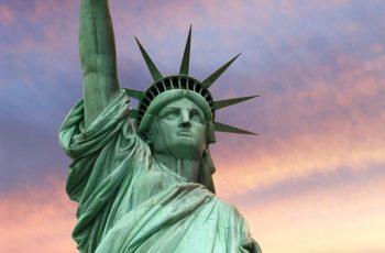 1100 ton Denná spotreba základných surovín je 1100 ton, ktorá sa rovná váhe 5 Newyorských sôch slobody